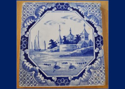 Spode tile from the blue table