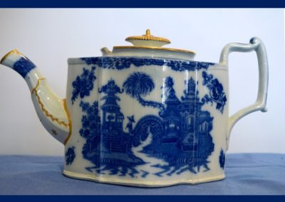 Curling Palm teapot from the Blue Table